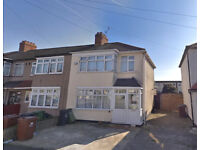 Spacious 3 bedroom, 2 reception house available in Chadwell Heath, RM8