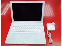 "Apple MacBook 13"" Late 2006 Mint Condition £350"