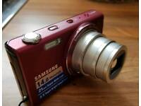 Samsung Digital Camera 14MP 12x Optical Zoom Touch screen LCD