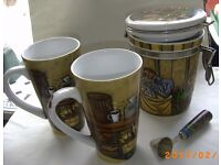 Coffee caddy + 2 large mugs