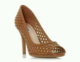 Admin Assistant needed for online retailer selling heels