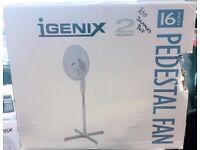 New 16 inch Pedestal Floor Fan - damaged box iGenix 3 speed