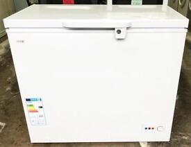 //(%)\ LOGIK Chest Freezer INCLUDES 1 YEAR GUARANTEE
