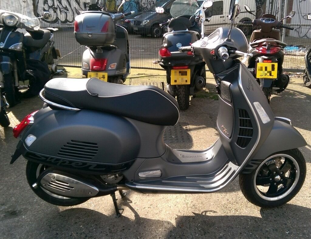 brand new 2016 pre registered vespa gts 300 super sport. Black Bedroom Furniture Sets. Home Design Ideas