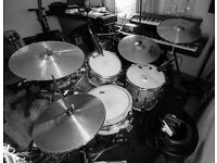 Pro-quality drum parts on your songs!