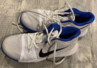 Nike Kyrie 3 Basketball Shoes Youth Size 3