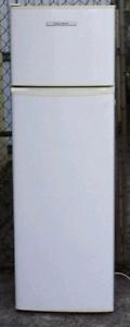250 litre fisher paykel fridge & freezer CALLS ONLY Blacktown Blacktown Area Preview