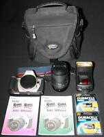 Canon 35mm Film Camera, Zoom Lens 70-210mm, Flash & Bag