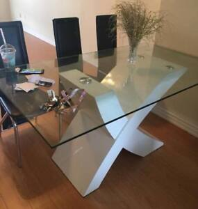 glass dinning table (new glass)