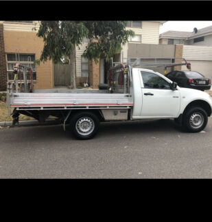 Cheap Furniture and rubbish removalist / hire a man with a ute