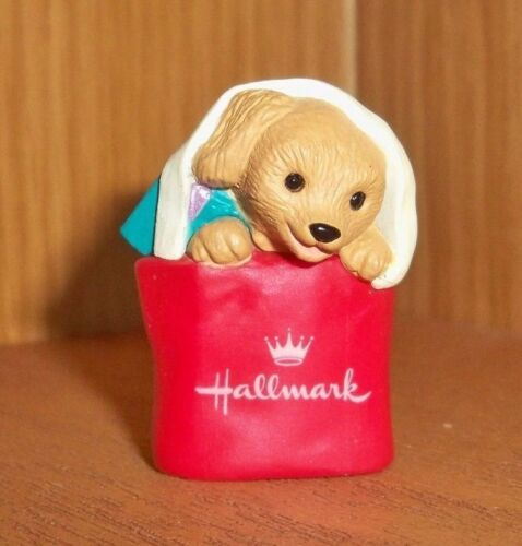 HALLMARK 1994 Merry Miniature Puppy Dog Happy Collecting KOC Early Renewal Prize