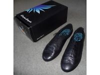 Girls Black Leather Start-rite School Shoes Size 8 Brand New in Box