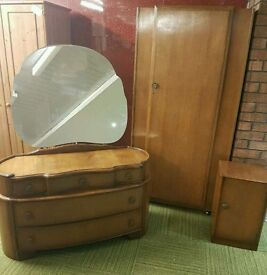 Austin suite vintage furniture FREE local delivery