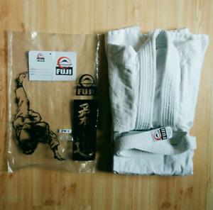 Fuji Martial Arts Gi - like new - size 0