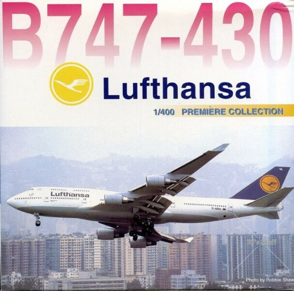 RARE LUFTHANSA Boeing 747-430 1:400 Scale Model Aircraft #55156 from Dragon Wings