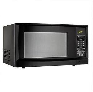 Danby 1.1 cu. ft. Countertop Microwave, Black (MSRP $99.97)