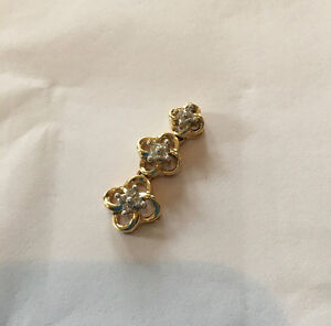 14K Diamond Flower Pendant