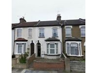 1 bedroom flat in Millbrook Road, London, N97
