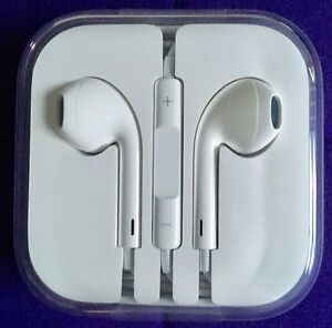 Authentic OEM APPLE EarPods With Remote & Mic - New in Box