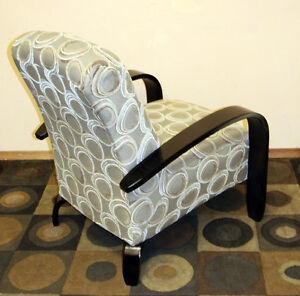 Excellent Modern & Contemporary Occassional Chair SEE VIDEO