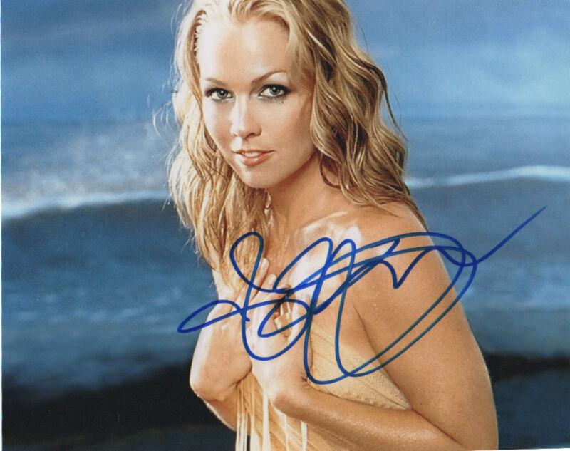 Sexy Jennie Garth Autographed Signed 8x10 Photo COA