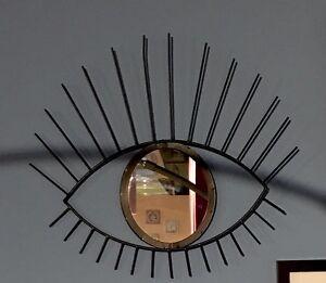 Joli-et-original-miroir-oeil-a-accrocher-deco-Scandinave-style-vintage-an-60