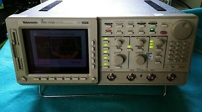 Tektronix Tds754d 500mhz 2gss Oscilloscope Opt 131f 2f 2m Lcd Display Panel