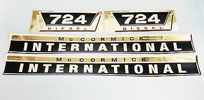 Aufklebersatz gold Aufkleber / Decal Kit / Emblem für Mc Cormick Case IH/IHC 724