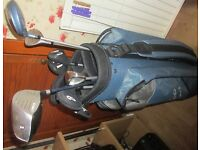 Set of ladies golf clubs and bag