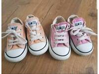 Girls size 6 converse trainers