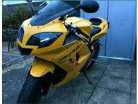TRIUMPH DAYTONA 650 IN MINT CONDICTION .FOR SALE OR SWAP FOR R1.GSXR 1000 .GSXR 750