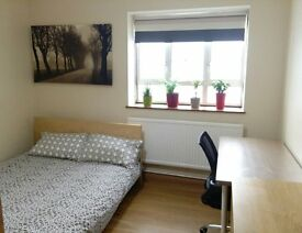 Large Double Bedroom New Furniture in Canary Wharf Room 1: £650 per month