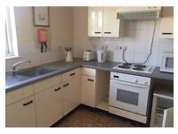 large 2 bedroom house in the heart of Old Kent Road/ Bermondsey - Ideal for Kings College Students