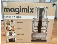 Magimix 3200XL with accessories **MINT CONDITION**