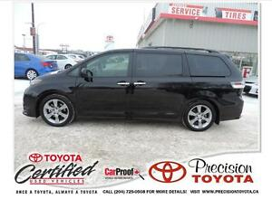 2014 Toyota Sienna SE 8 Passenger Local, One Owner
