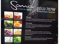 Sama juicer by Omega