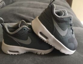 Boys Nike Air Trainers Infant UK size 2.5