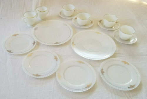 16 Pc Macbeth-Evans Depression Glass Monax Petalware Gold Dish Luncheon Set