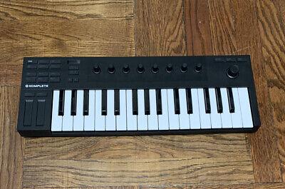 Native Instruments M32  Komplete Kontrol Keyboard Controller Only