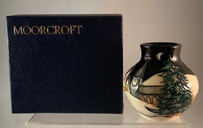 2006 Moorcroft NEW MOON AT CHRISTMAS Vase Designed Sian Leeper 1st Quality NICE ()