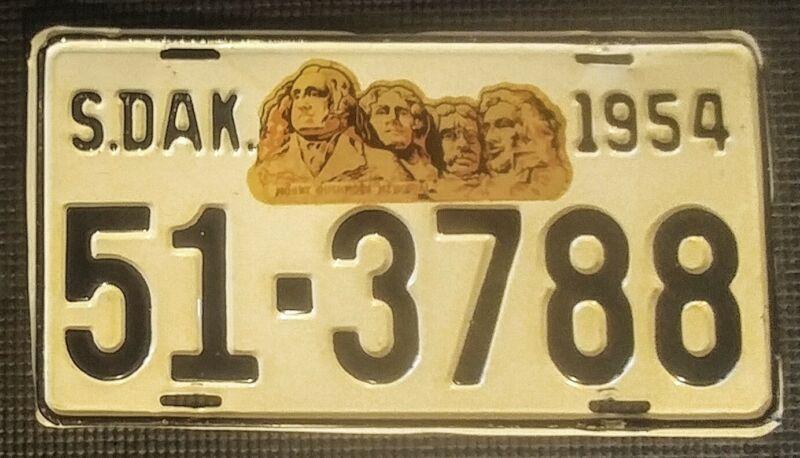 Vintage 1954 South Dakota License Plate # 51- 3788 - Mount Rushmore Decal Nice