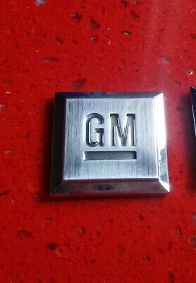 OEM GM Mark Of Excellence Emblem, Buick Cadillac Chevy PONTIAC GMC x1 W/ADHESIVE