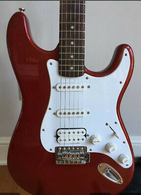 Fender Squier Affinity Stratocaster HSS - Candy Red