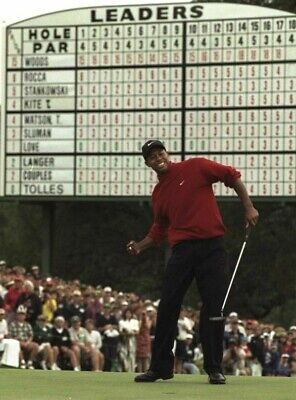1997 MASTERS TIGER WOODS BECOMES YOUNGEST PGA TOUR GOLF Poster 24 x 36 inch