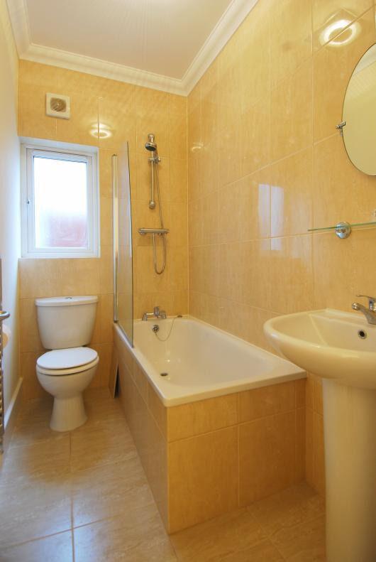 refurbished double room streatham sw16 £110+10 bills week