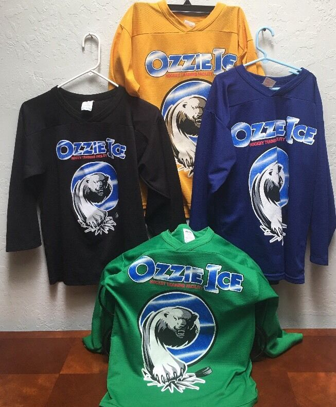 Mixed Lot Of 4 OZZIE Ice Hockey Practice Boys Jerseys 3 L/XL 1  S/M Canada
