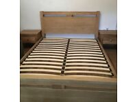 Best on the market solid oak king size bed frame, excellent condition from Cargo, have matching two