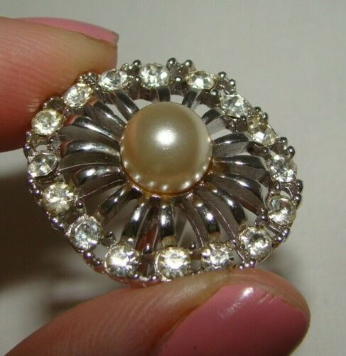 Vintage Sarah Cov Silver Clear Rhinestones Center Faux Pearl Adjustable Ring