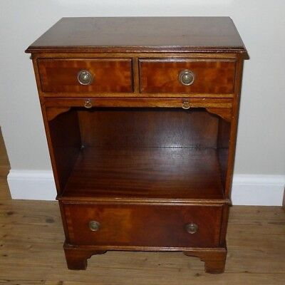 Fine Quality Victorian Reproduction Mahogany Cabinet