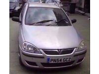 2004 SILVER VAUXHALL CORSA C 1.2 PETROL BREAKING FOR PARTS